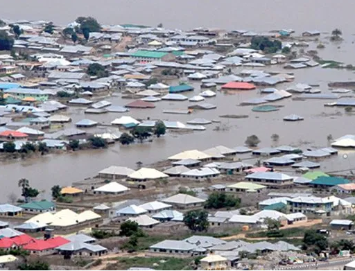 Ondo State governor direct?schools to proceed on three weeks holiday as flood submerges many communities