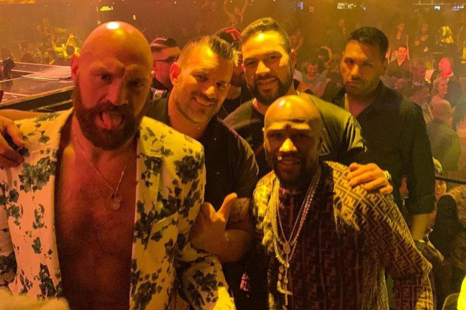Tyson Fury shows off his new private jet hours after partying with Floyd Mayweather (photo/video)